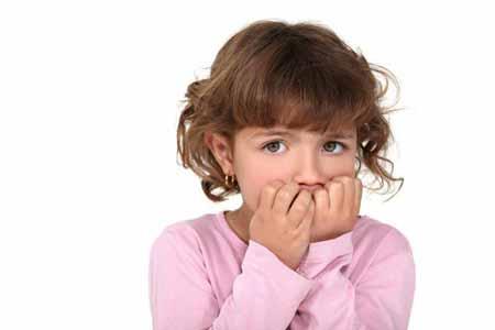 chewing5-nails1-children