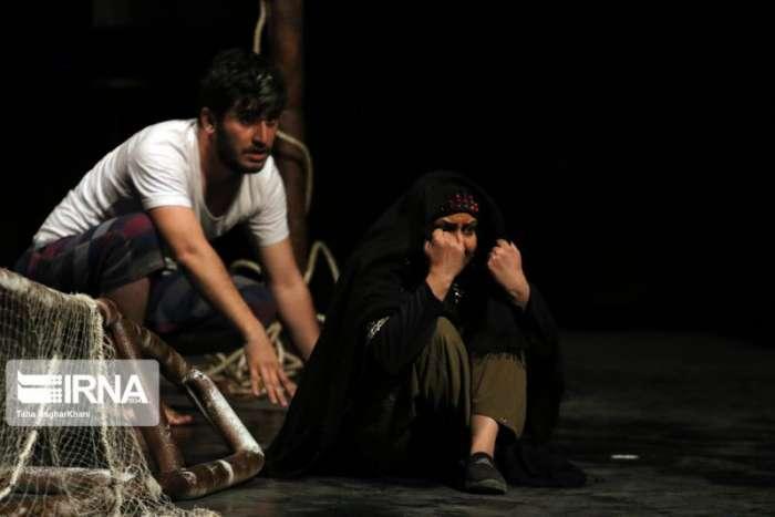 """نمایش """"استرالیا"""" در ارومیه به روی صحنه رفت"""