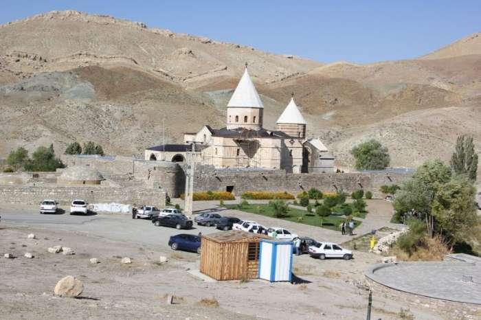 لیست کلیساهای ایران