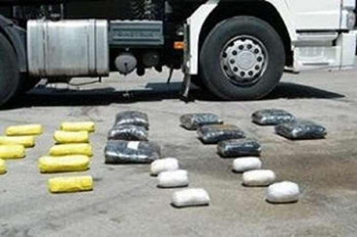 جا ساز کنندگان مواد مخدر در گمرک بازرگان دستگیر شدند